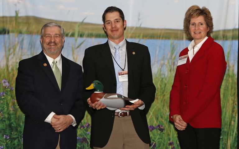 DU CEO Dale Hall (l), NMDGF Chief of the Wildlife Management Division Stewart Liley and DU Canada CEO Karla Guyn.