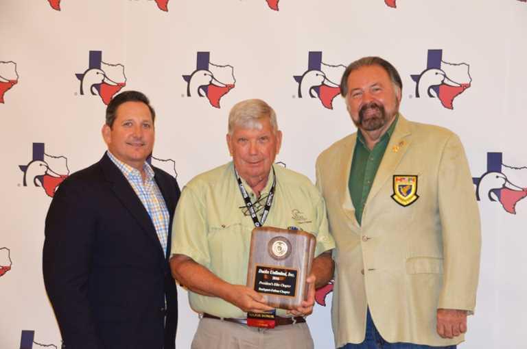 Don Wilkinson (center) w/ Flyway Sr. VP Rob Gokey and DU President Rogers Hoyt, Jr.