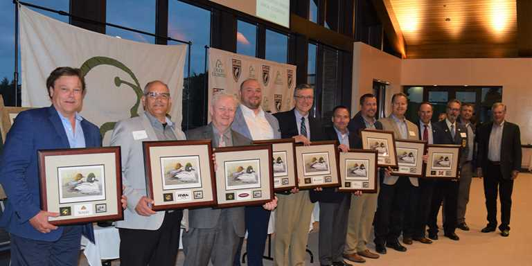 The Kenosha, Wisconsin, chapter recognized corporate table sponsors with special commemorative prints