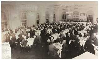 Many of the first DU events were suit-and-tie affairs like this one held at the prestigous Yale Club in downtown Manhattan in 1941.